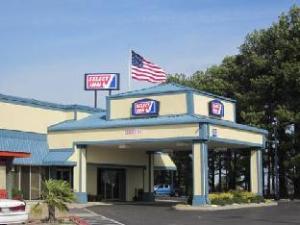 Select Inn Murfreesboro Hotel