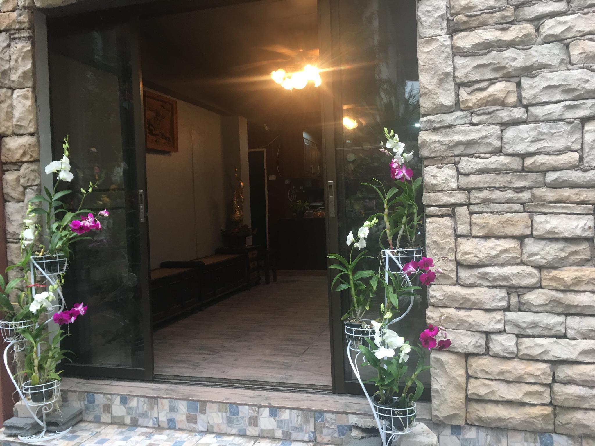 4J Lodge@Bangkok