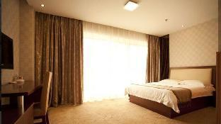 Фото отеля GreenTree Inn Taizhou Yingchun(W) Road Walking Street Express Hotel