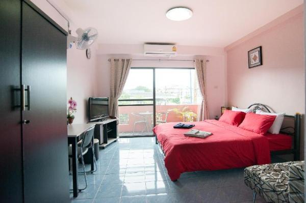 Pattaya Holiday Lodge. Pattaya