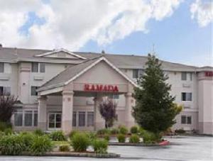 Ramada Limited Redding Hotel