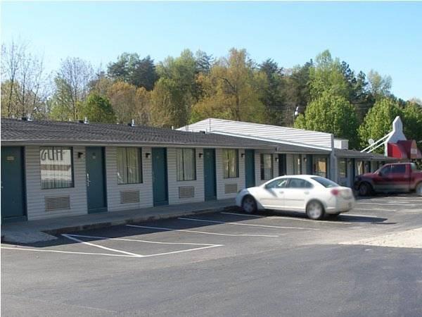 Red Carpet Inn Greensboro