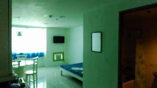 picture 5 of Vellagio Tower Unit 803