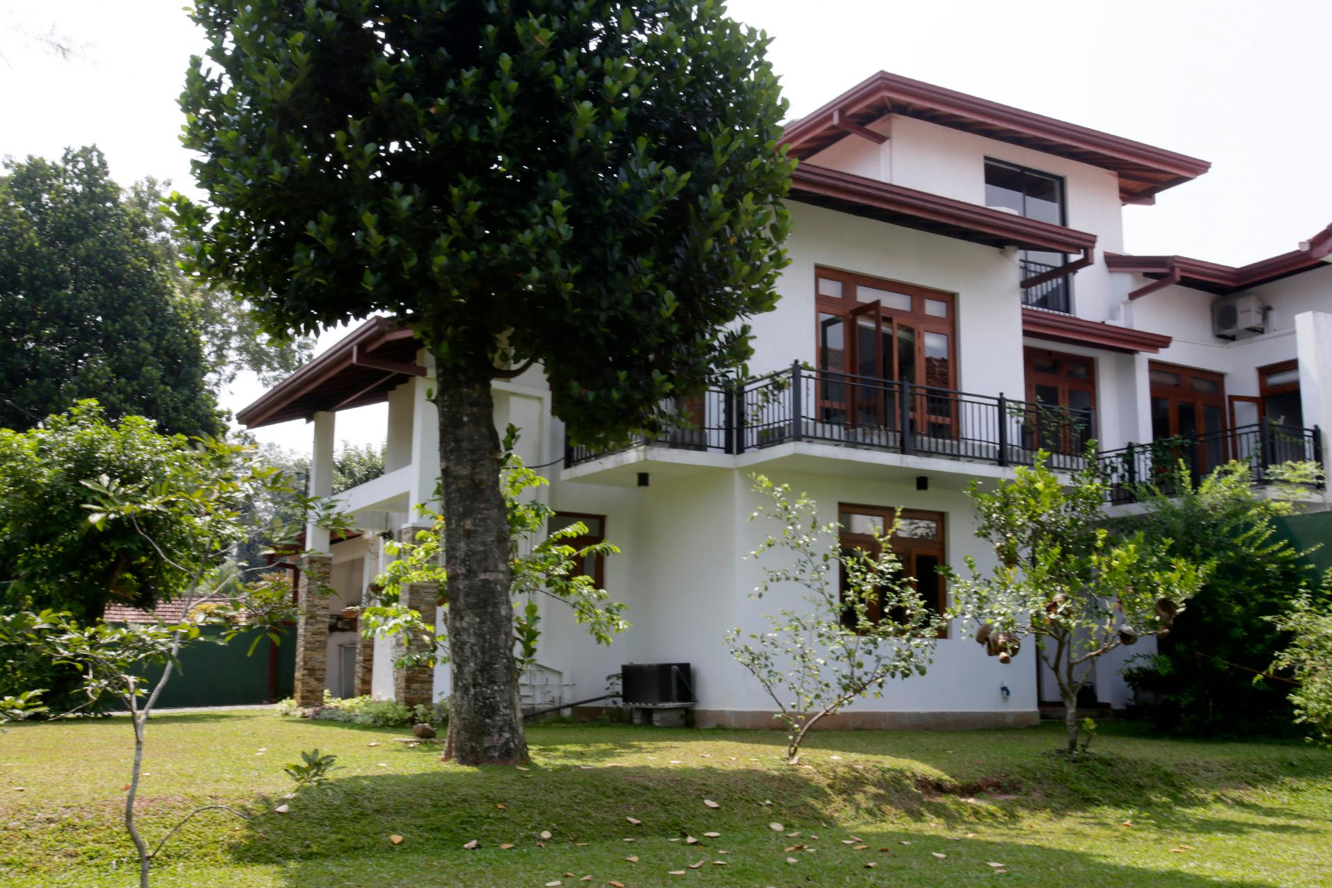Nandana Villa