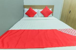 picture 2 of OYO 105 Melbourne Suites