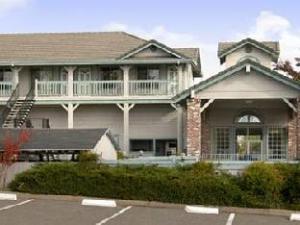 Super 8 Motel  Auburn