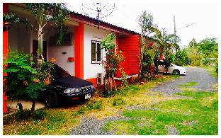 Baansuan House บ้านสวน เฮาส์
