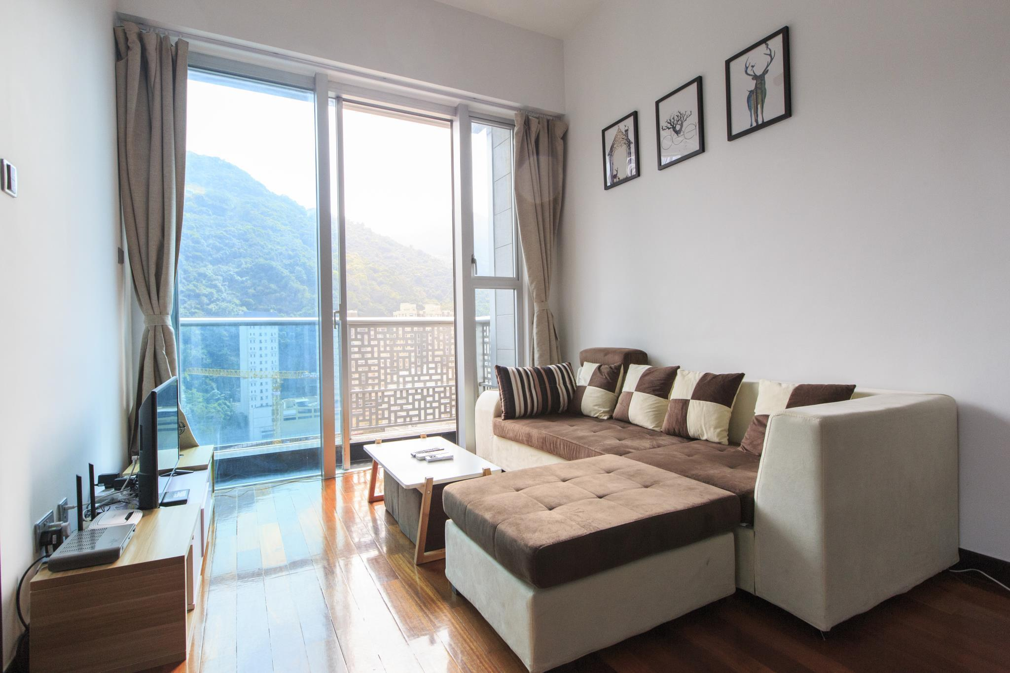 IC High Lv Apt With Gym And Pool 3min To MTR