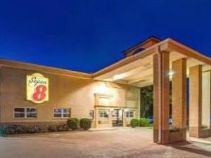 Super 8 Richardson Dallas