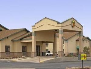 Super 8 Santa Rosa Hotel