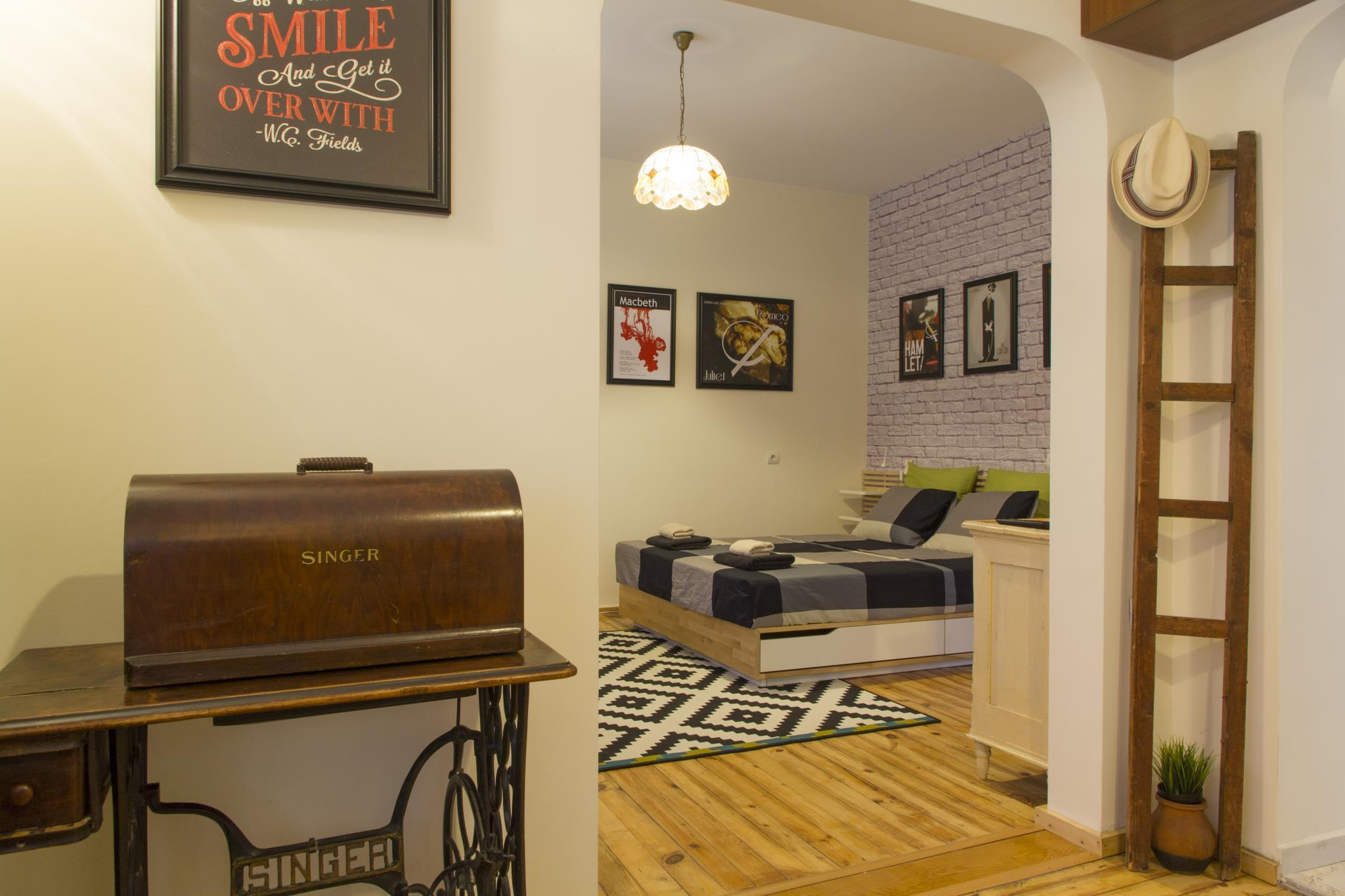 Theater Apt In The Heart Of Sofia