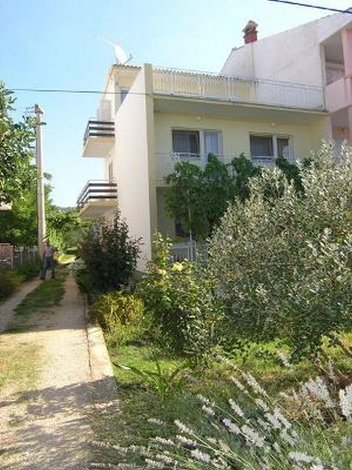 Two Bedroom Apartment In Sukosan Near Zadar