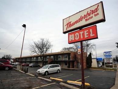 Thunderbird Motor Inn