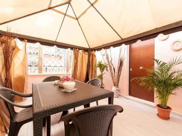 Apartment Condotti Rome