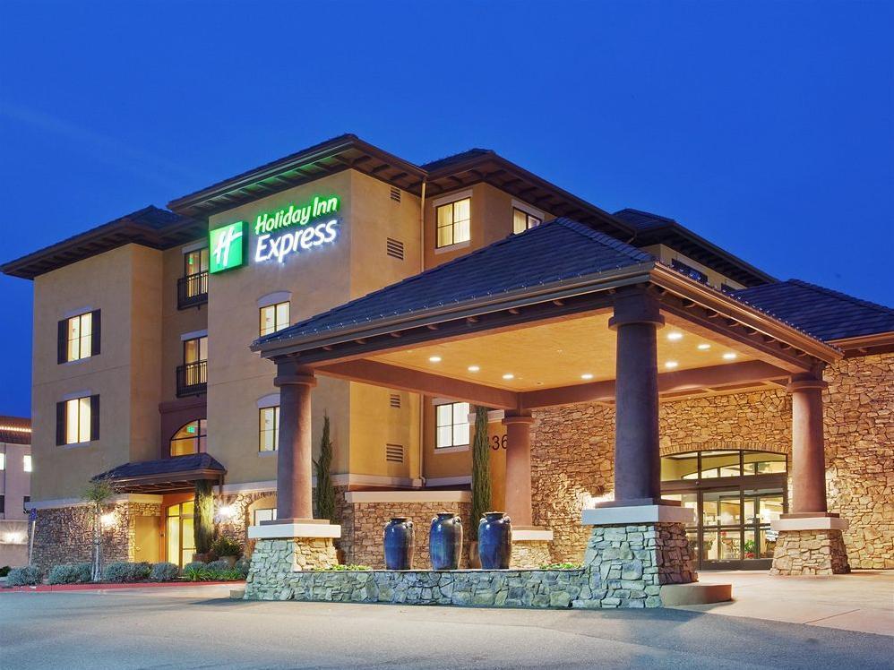 Holiday Inn Express Hotel And Suites El Dorado Hills