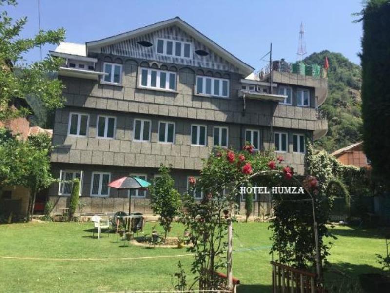 Hotel Humza Reviews