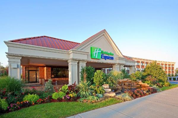 Holiday Inn Express Lynbrook-Rockville Centre New York