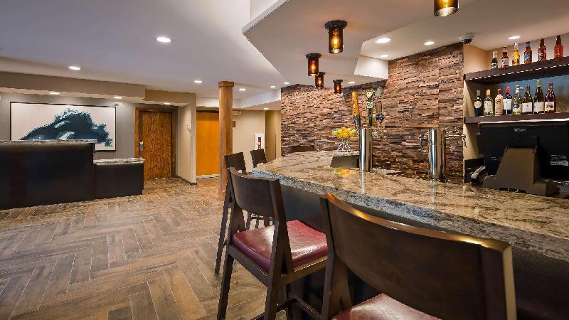 best western plus superior inn suites grand marais. Black Bedroom Furniture Sets. Home Design Ideas