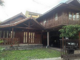 Omah Kayu Guest House Yogyakarta