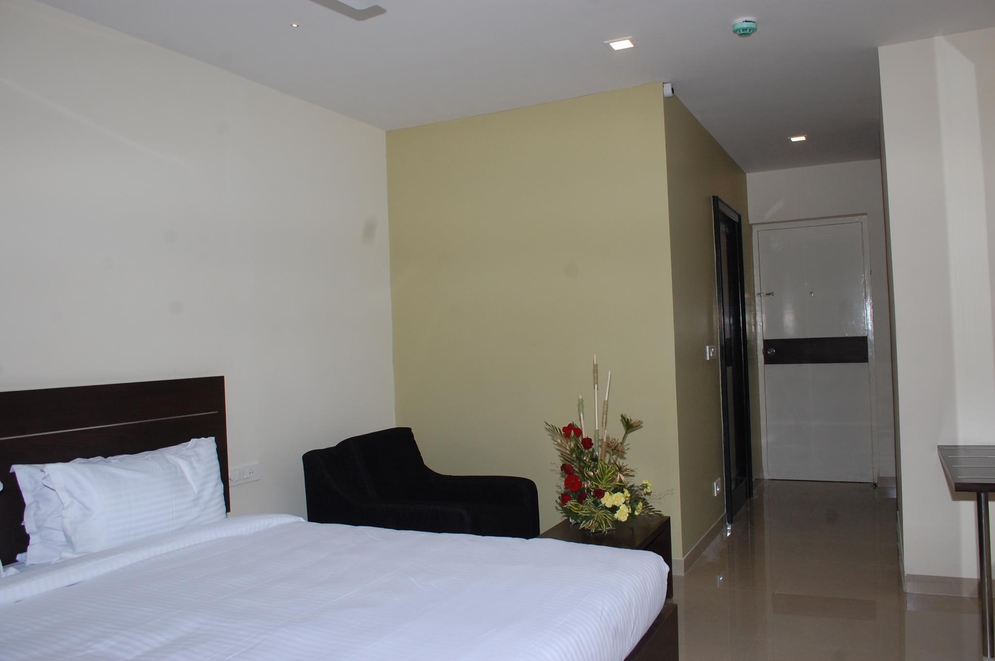 Hotel Somisetty Landmark 2