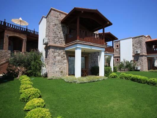 Temenos Luxury Suites Hotel And Spa