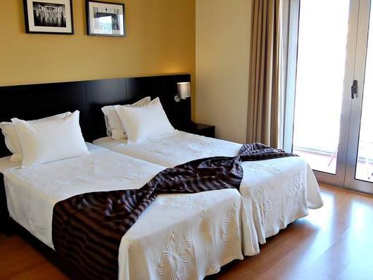 Lisbon City Hotel (Clean & Safe Certified)