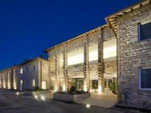 โรงแรมเชนาโกโล (Hotel Cenacolo)