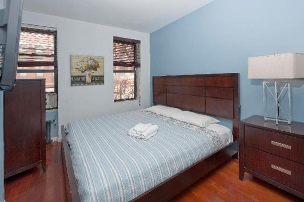 Charming 3BR in Midtown East (8295) New York