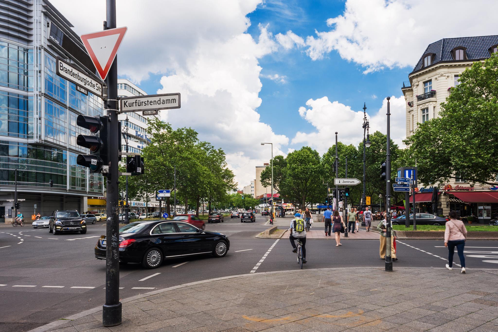 конце картинка улицы берлина редких