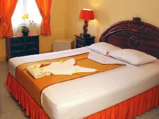 Hotel Miki