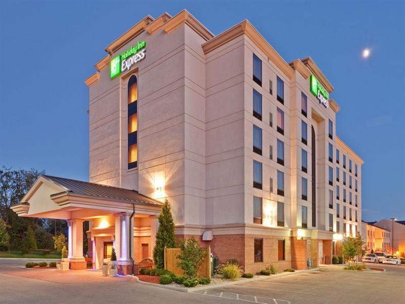 Holiday Inn Bloomington
