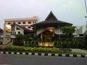 호텔 배런 인다  (Hotel Baron Indah)