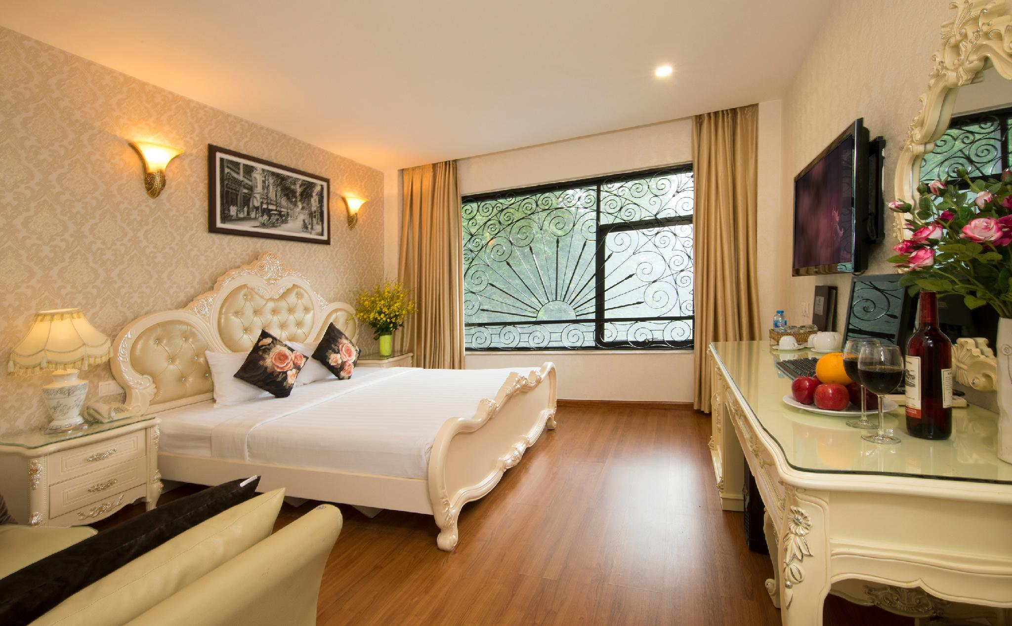 Golden Star Hotel   60 Le Thanh Ton