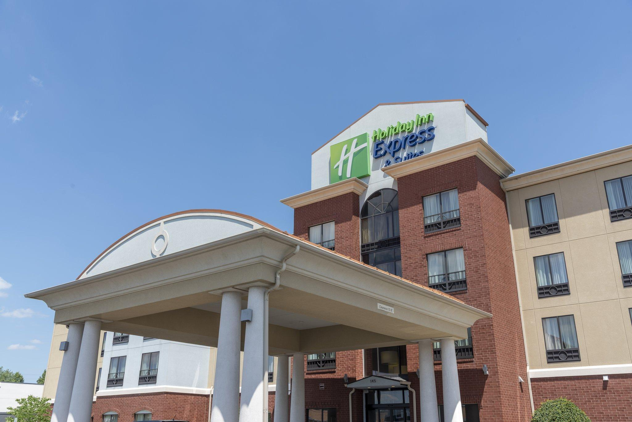 Holiday Inn Express And Suites   New Philadelphia Southwest