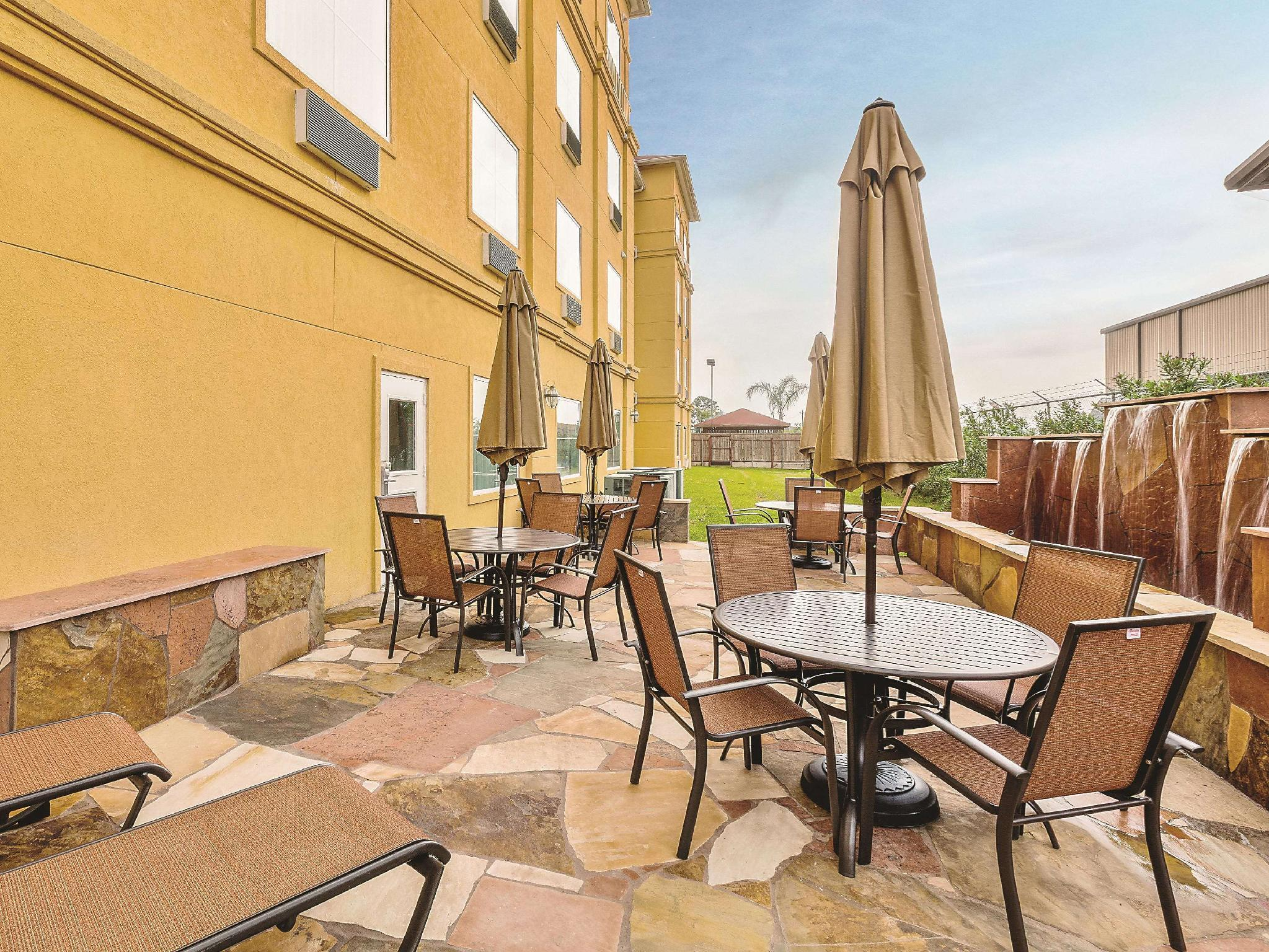 La Quinta Inn And Suites By Wyndham Houston Channelview