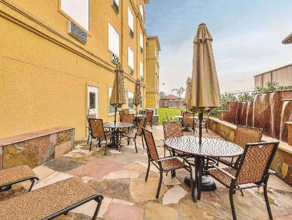 La Quinta Inn & Suites Houston Channelview Houston