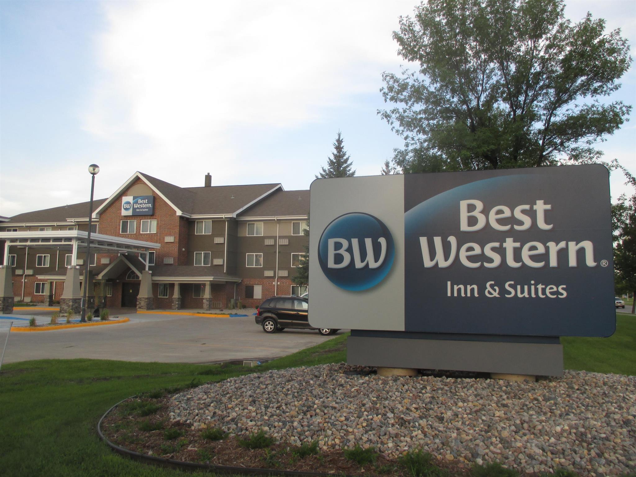 Best Western Harvest Inn And Suites