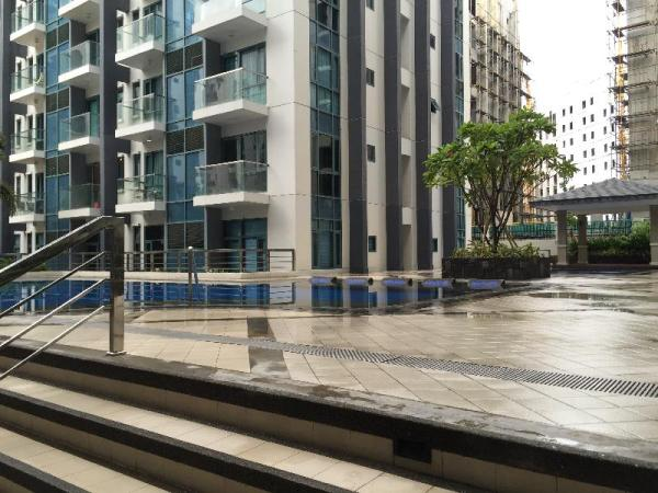 New Condo Across Airport - Manila, Philippines - Great discounted rates!