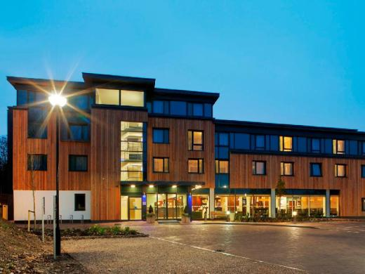 Holiday Inn Express Cambridge-Duxford M11 JCT.10