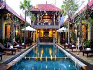 โรงแรมปูริ ยูมา (Puri Yuma Hotel)