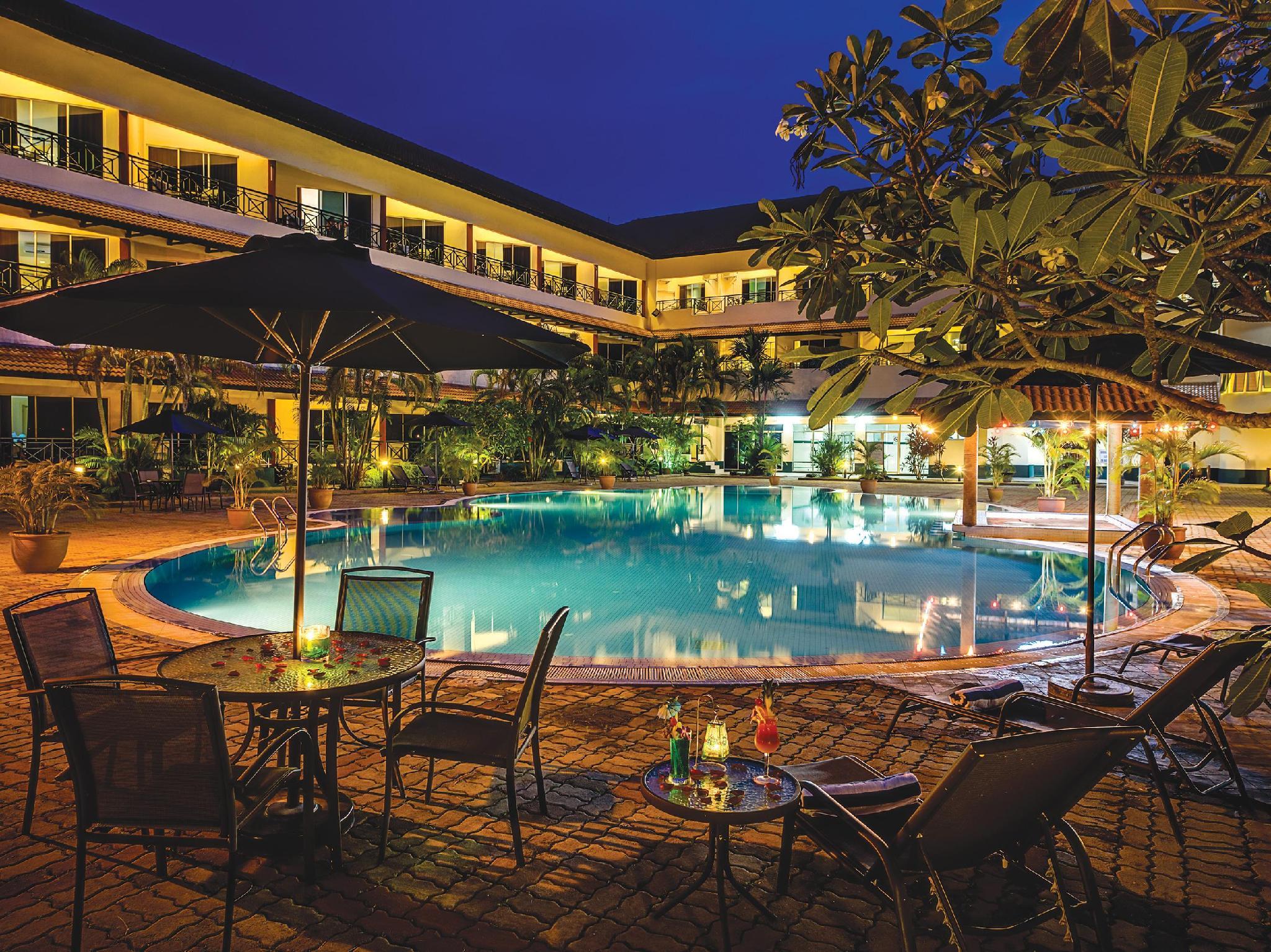 The Qamar Paka Resort