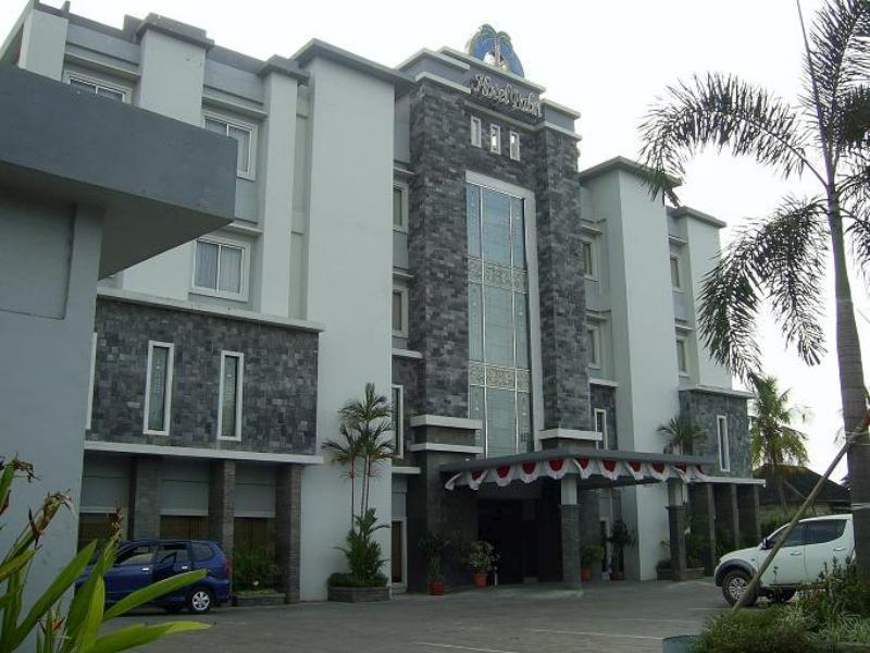golden tulip galaxy hotel banjarmasin in indonesia asia