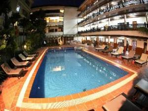 โรงแรมฟรีดอม (Freedom Hotel)