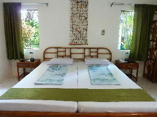 picture 4 of Marcosas Cottages Resort