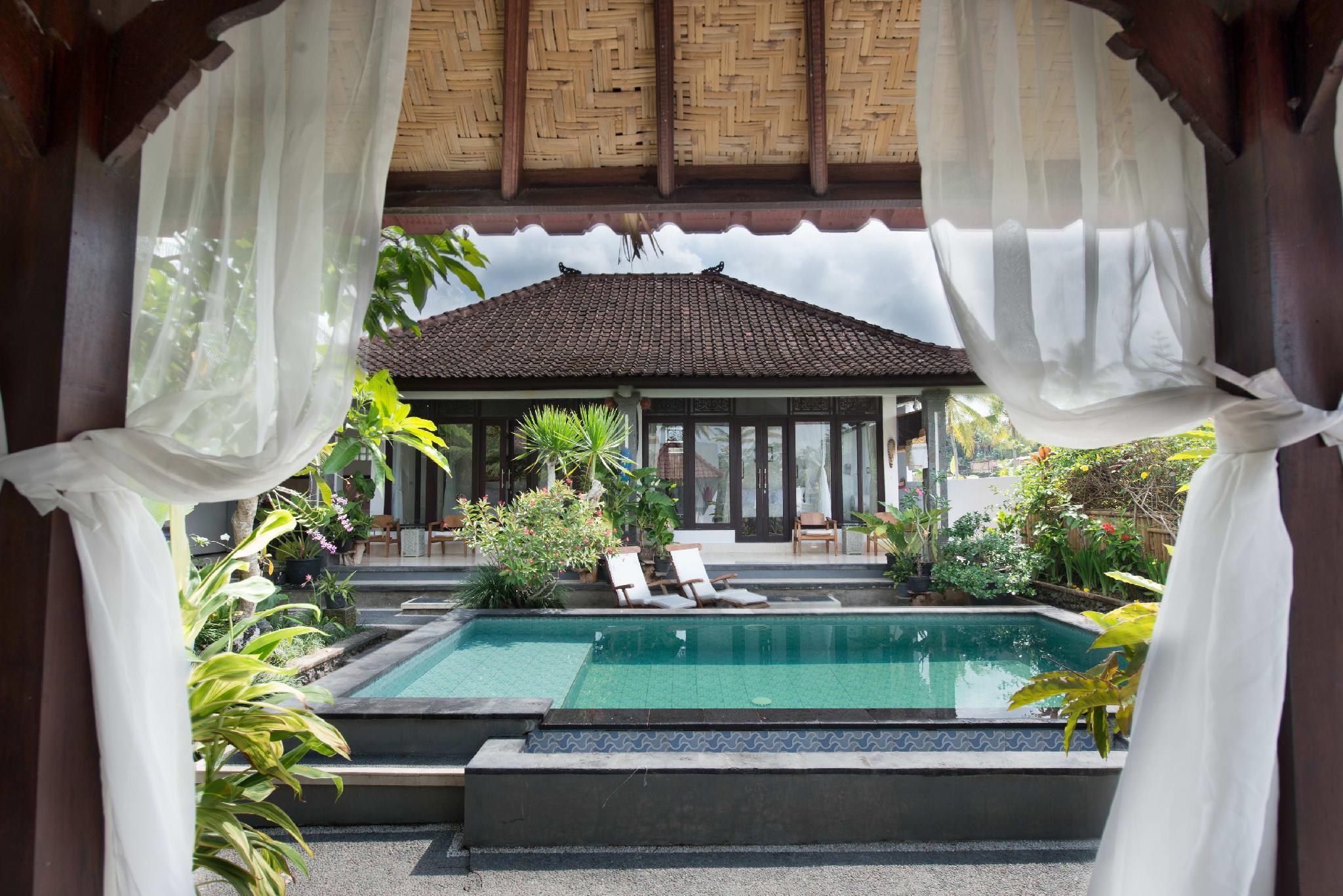 Review Pondok Anastasia, 2 BR Villa with Private Pool