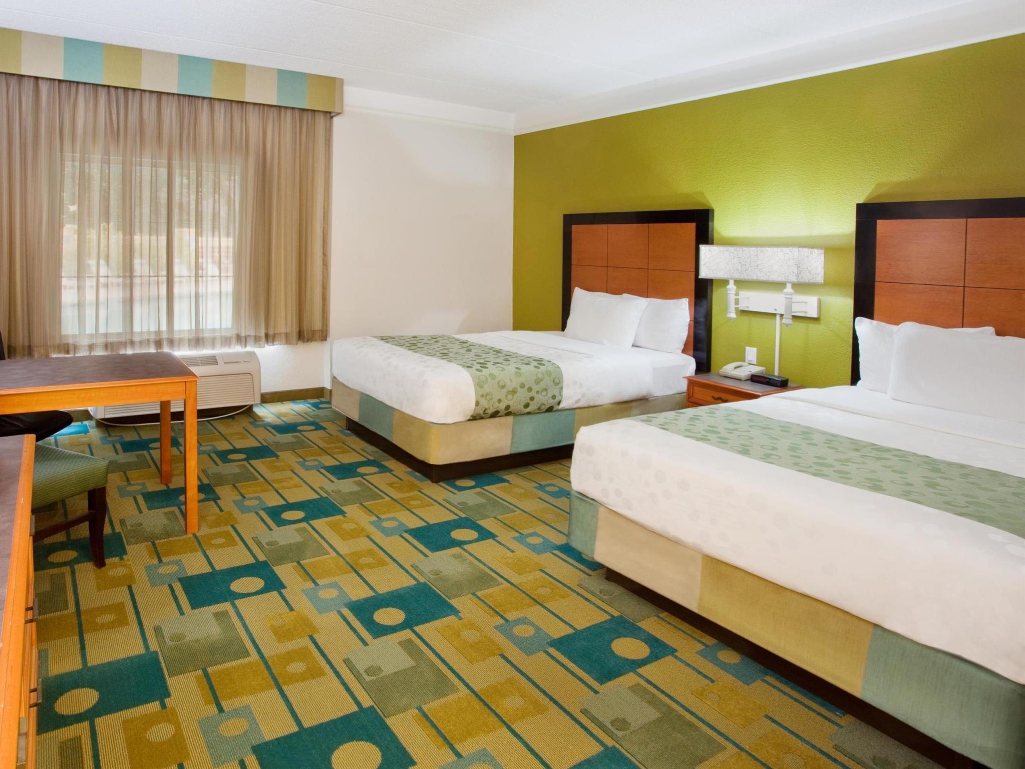 La Quinta Inn & Suites By Wyndham Greenville Haywood