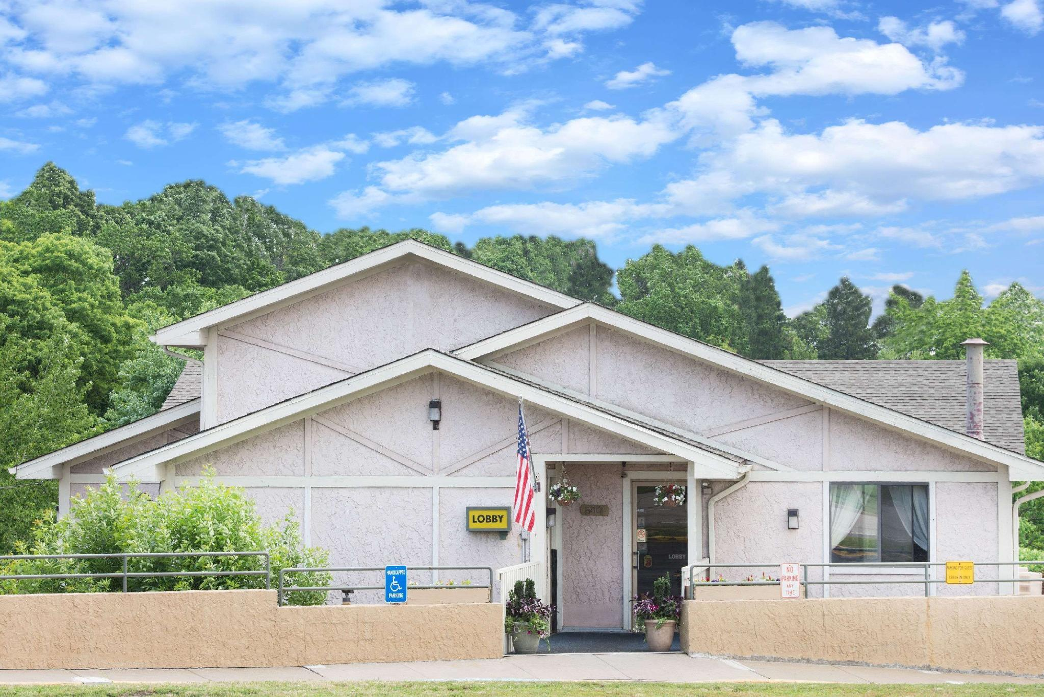Super 8 By Wyndham Pittsburgh Airport Coraopolis Area