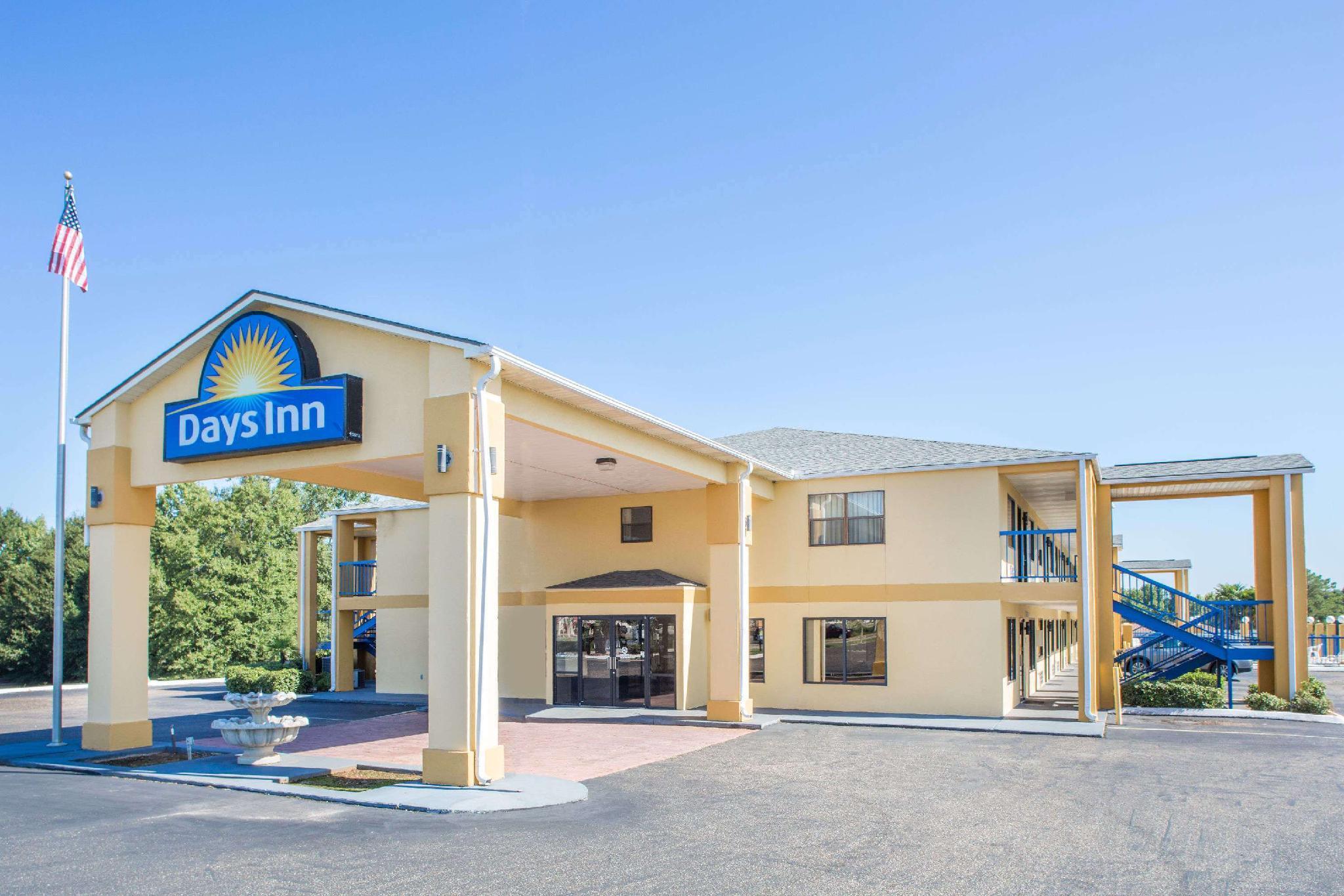 Days Inn By Wyndham Enterprise