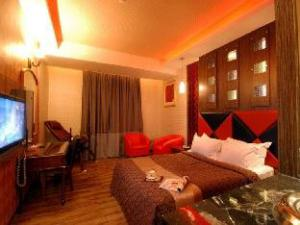 Linyuan Business Motel