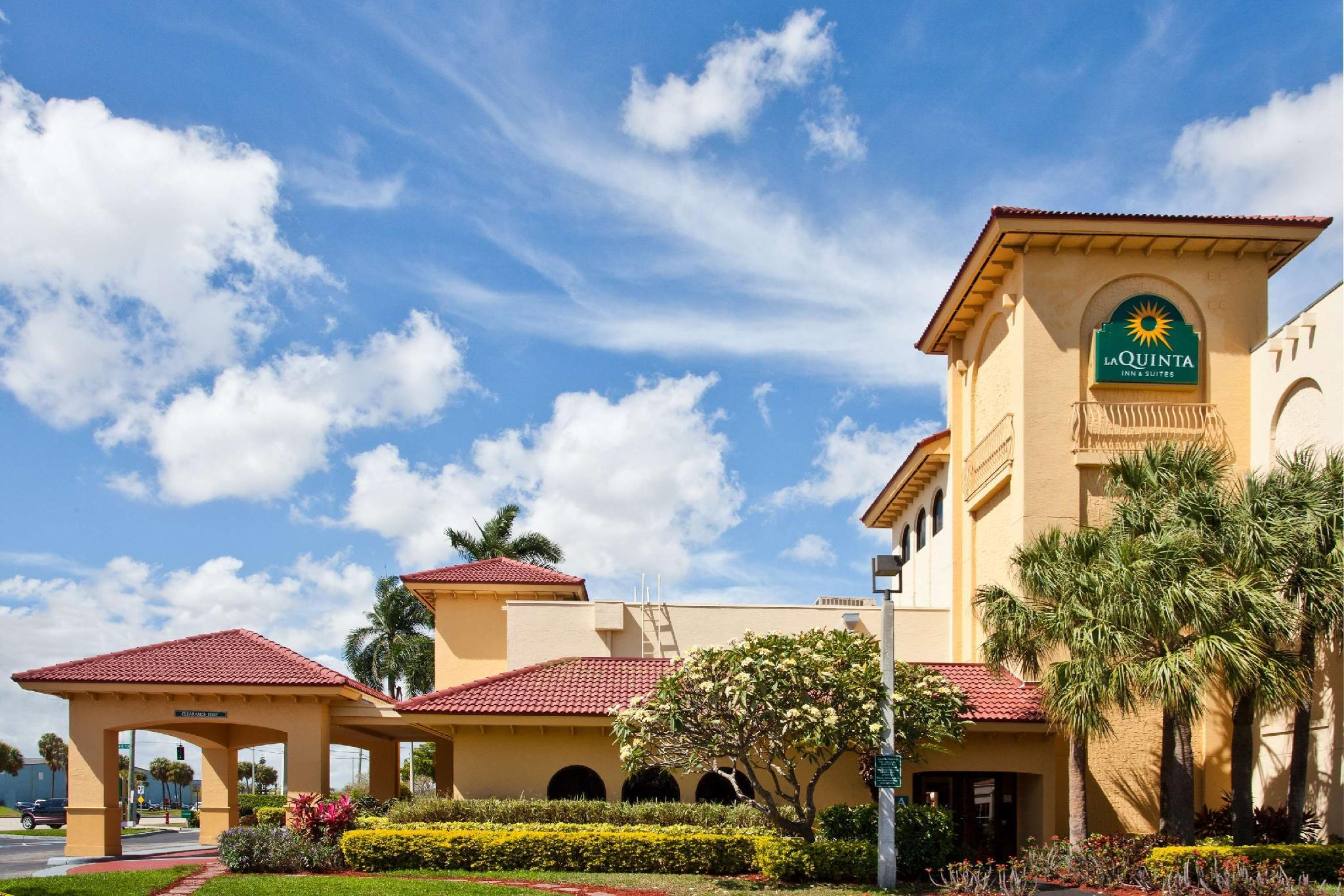 La Quinta Inn And Suites By Wyndham Ft Lauderdale Cypress Cr